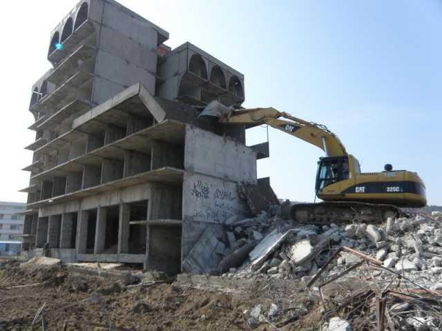 Вакансия: Разнорабочие на демонтаж