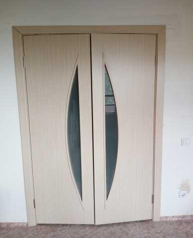 Продам Межкомнатные двери; 5 комплектов