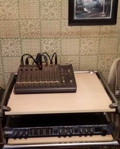Продам комплект музыкальной аппаратуры