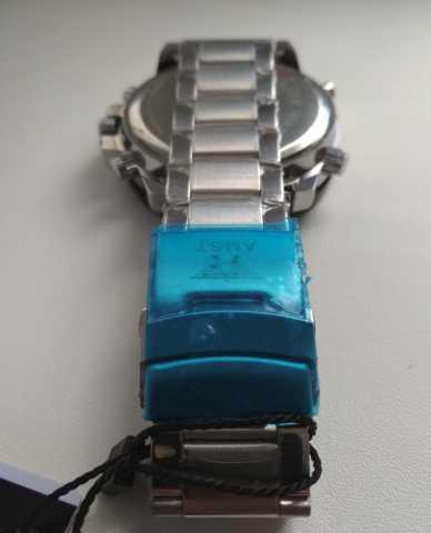 Продам Мужские часы AMST- с металлическим брасл