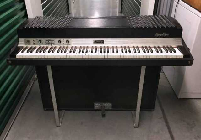 Продам Rhodes Piano Mark1 Suitcase 88, Wurlitze