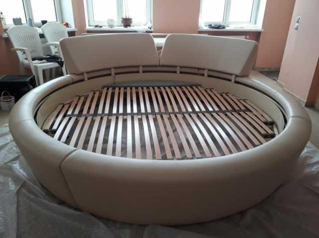 Продам Кровать круглая двухспальная
