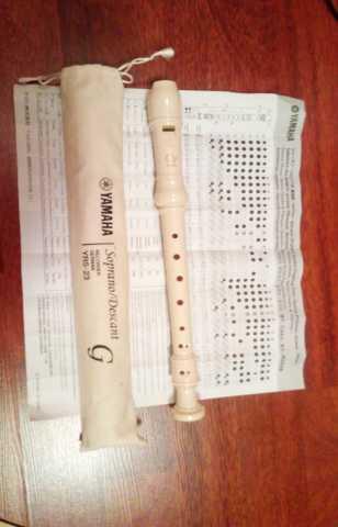 Продам Yamaha Recorder YRS-23 блокфлейта
