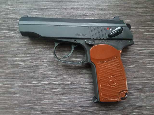 Продам Охолощенный пистолет Макарова П-М18Х