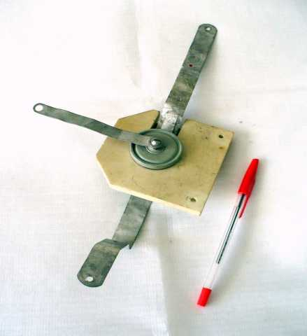 Продам Конденсатор высоковольтный К15У-1-100пф