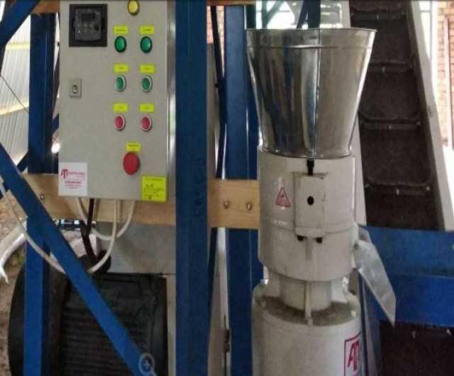 Продам: Пресс-Гранулятор 1300 кг/ч