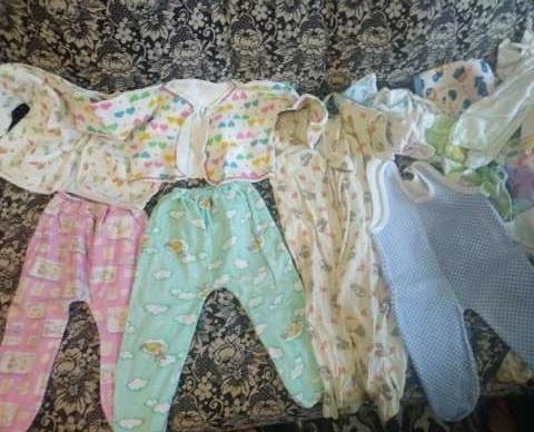 Отдам даром: Вещи для новорожденного