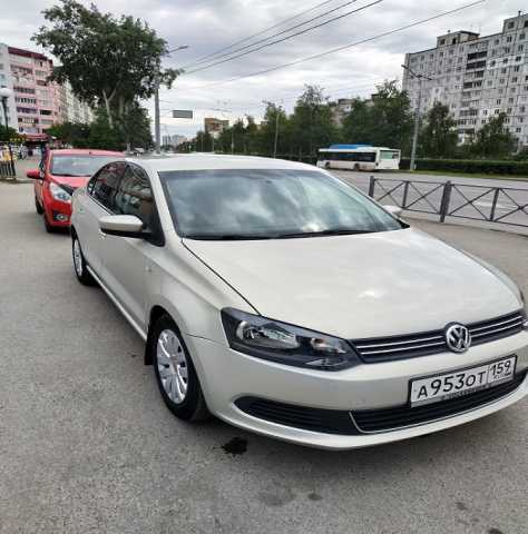 Продам: Volkswagen Polo 2011 года 1,6 АТ