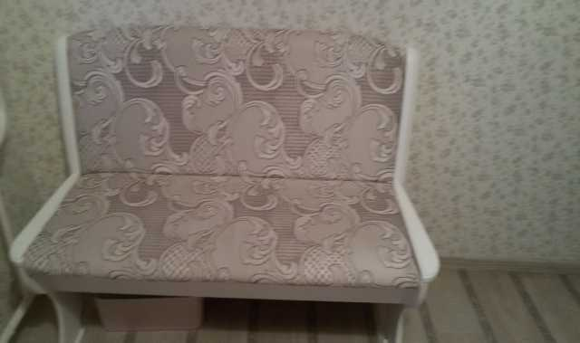 Продам Кухонный диванчик