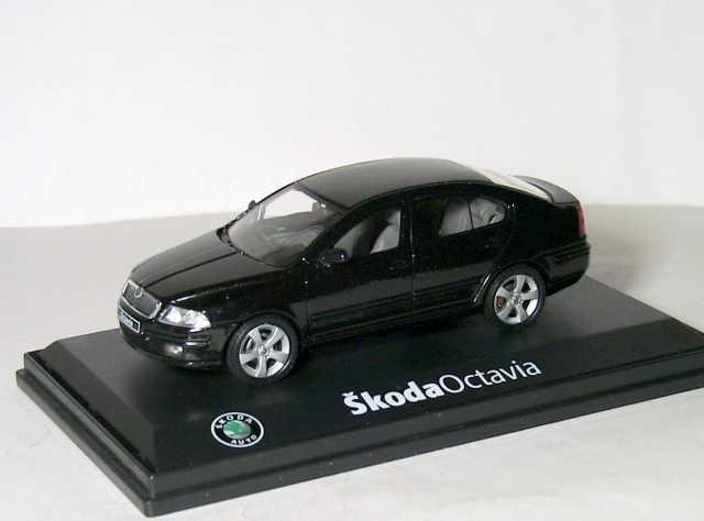Продам Skoda Octavia A5 1/43 Шкода Октавия 2005
