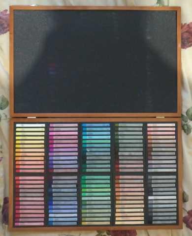Продам Профессиональная художественная пастель