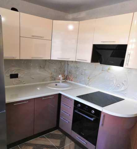 Продам: кухонный гарнитур в Хабаровске