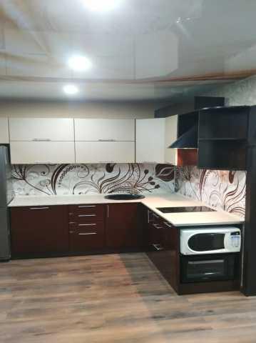 Продам: модульный кухонный гарнитур в Хабаровске