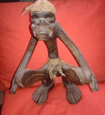 Продам: Статуэтка деревянная из Африки 54 см