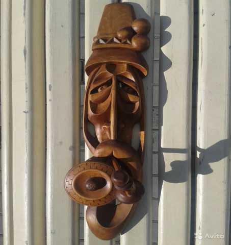 """Продам: Маска деревянная """"Старик с трубкой. Авто"""