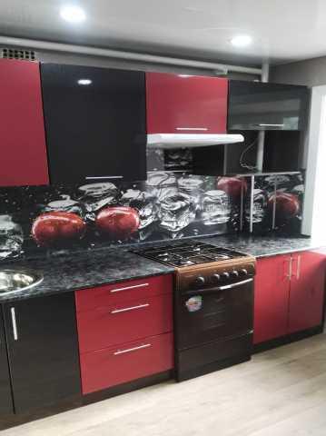 Продам кухонный гарнитур глянец