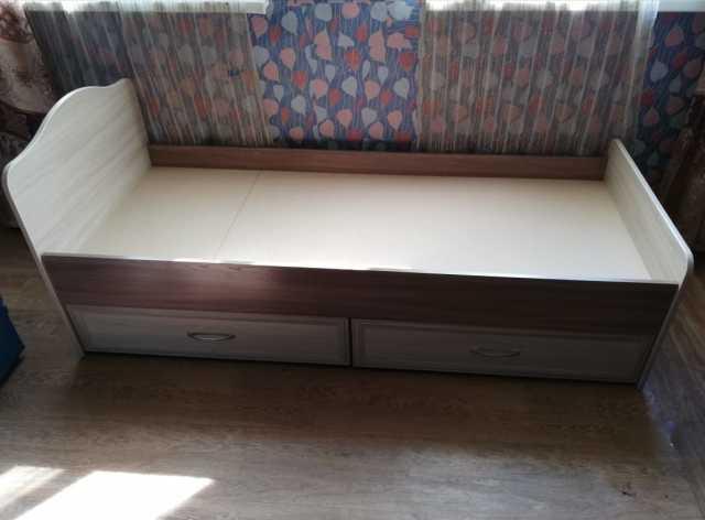 Продам: кровать 0,8*2,0