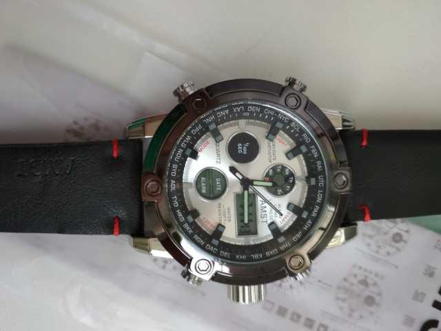 Продам Большие часы AMST-3022 с кожаным ремешко