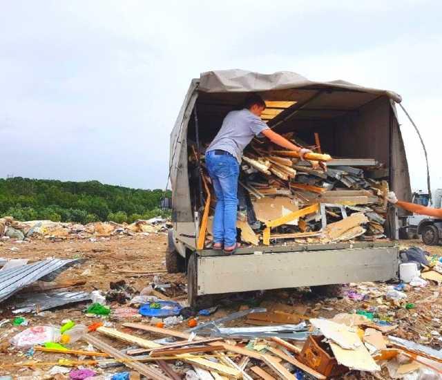 Предложение: Транспорт и грузчики. Вывозим мусор хлам