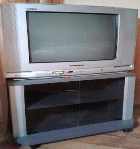Продам Телевизор Daewoo Platinum21+тюнер +тумба
