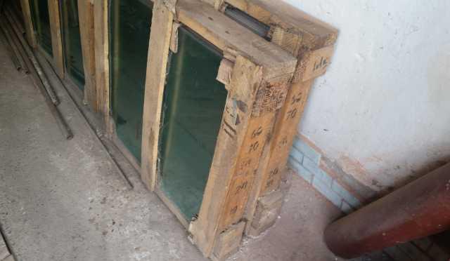 Продам стекло 600x700x4мм
