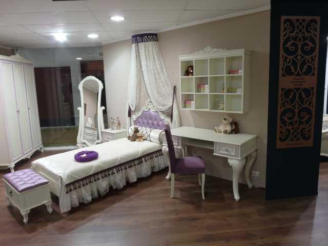 Продам Молодежная спальня «Маркиза»