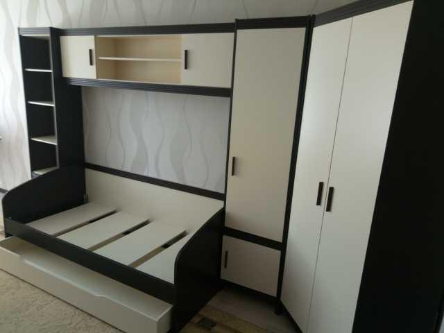 Продам: Комплект мебели