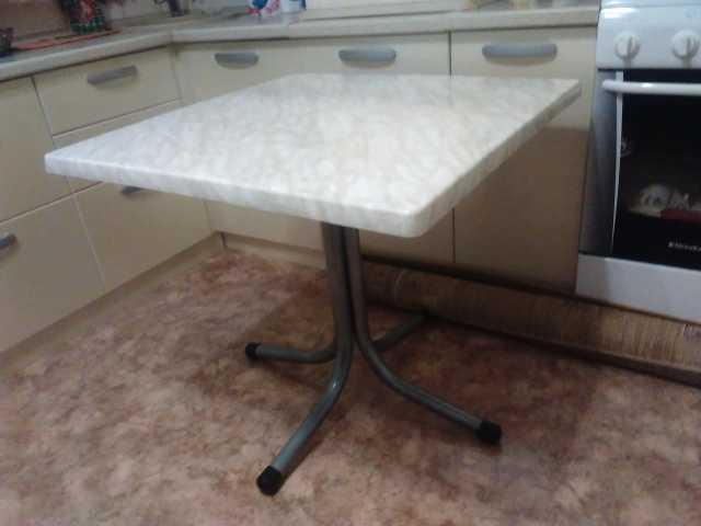 Продам Продам кухонный стол