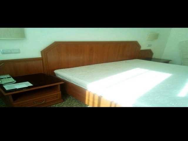 Продам Кровать спальная