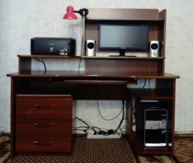 Продам: компьютерный стол + тумба