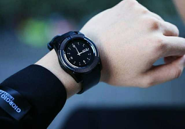 Продам Умные часы Smart Watch V8