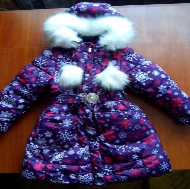 Продам Детское зимнее пальто для девочки