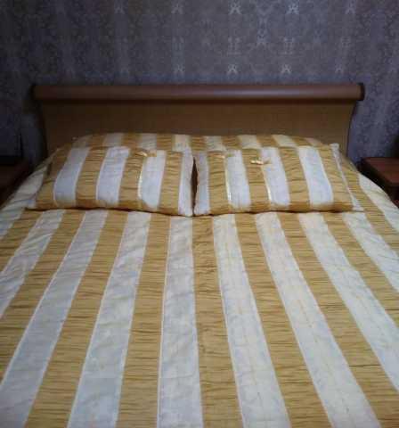 Продам комплект на кровать
