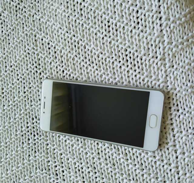 4c14166fdddbd Сотовые телефоны в Ульяновске: купить б/у и новые — объявления ...