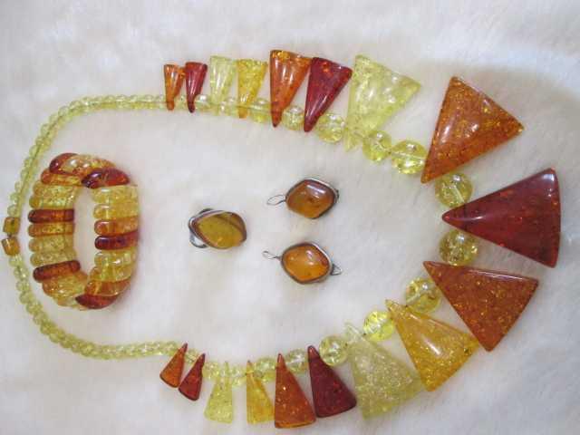 Продам украшения из янтаря