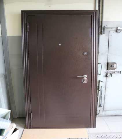 Продам: Дверь входная стальная