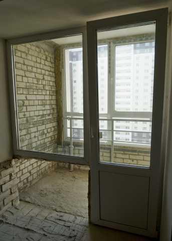 Продам: Новый оконный блок и дверь ПВХ