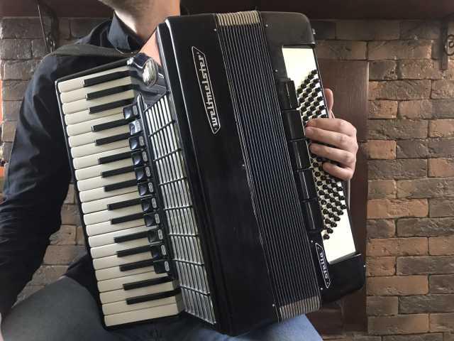 Продам Немецкий аккордеон Weltmeister stella