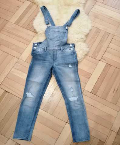 Продам Комбинезон джинсовый