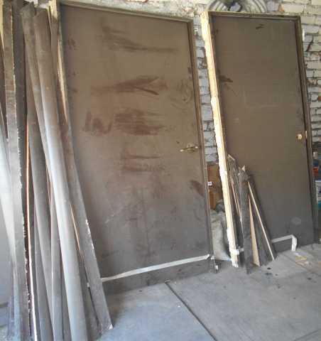 Продам Двери разные 4шт и другие есть
