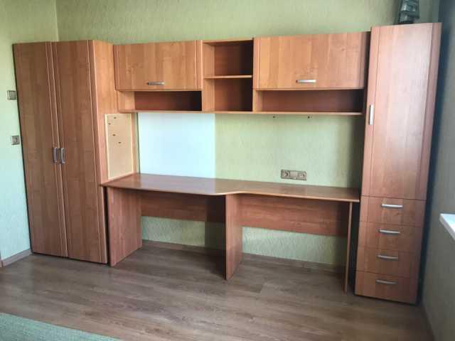 Продам Мебельный гарнитур для детской , подрост