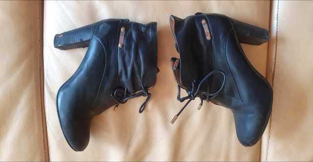 Продам Ботинки кожаные basconi женские 37
