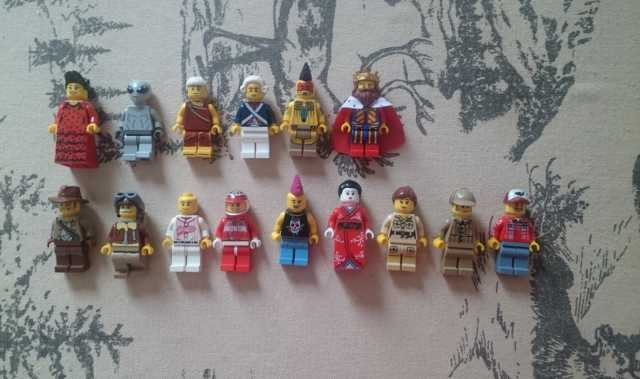 Продам Lego Minifigures