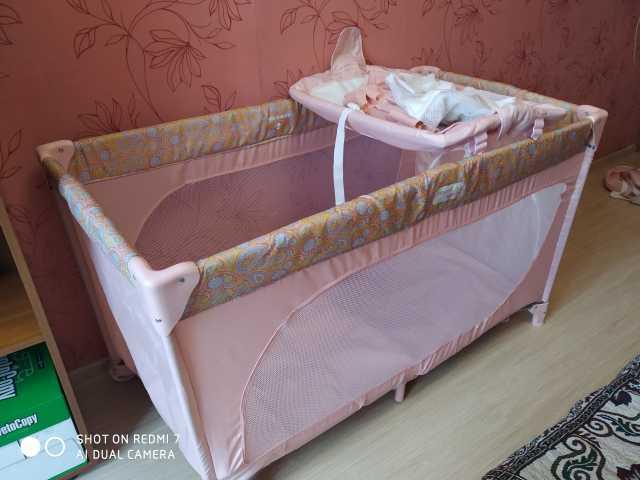 Продам: манеж-кровать