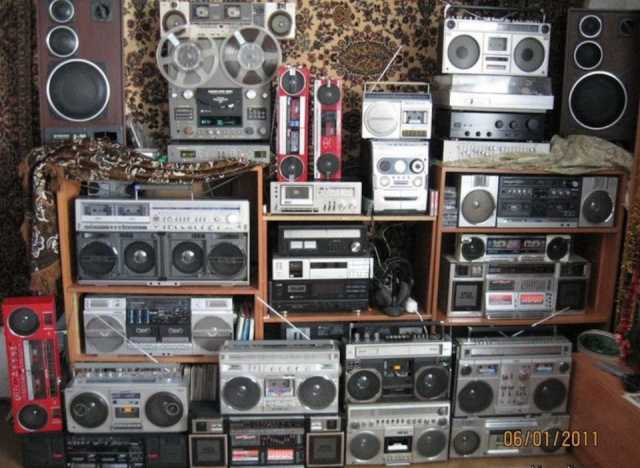 Куплю Магнитофон радиолу радиоприемник