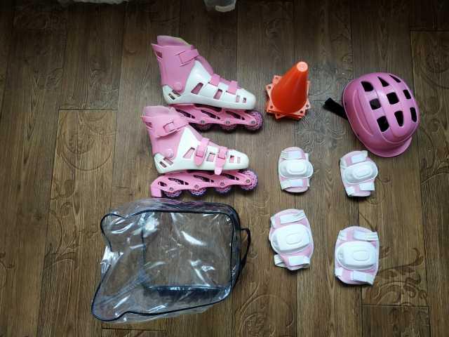 Продам: Роликовые коньки детские.Подарок защита