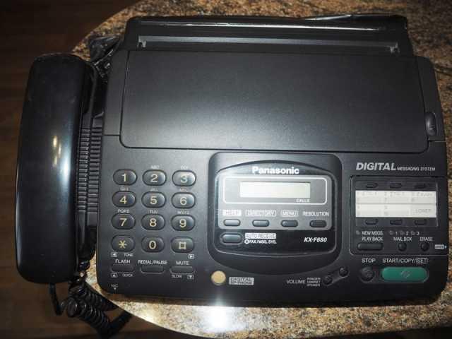 Отдам даром Телефон-Факс Panasonic KX-F680 (KX-F130)