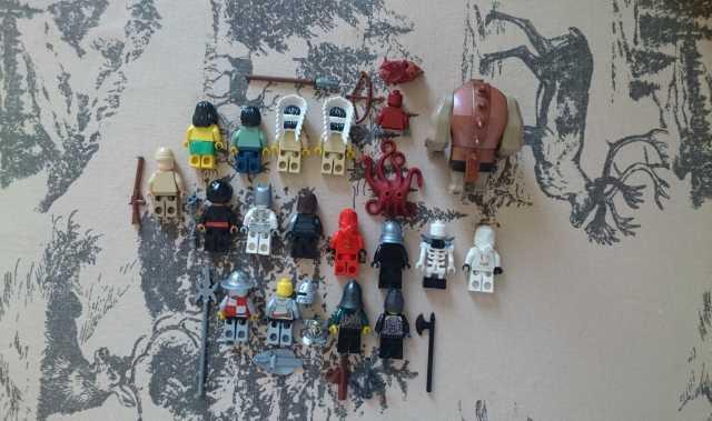 Продам Lego Minifigures ( Mix Pack )