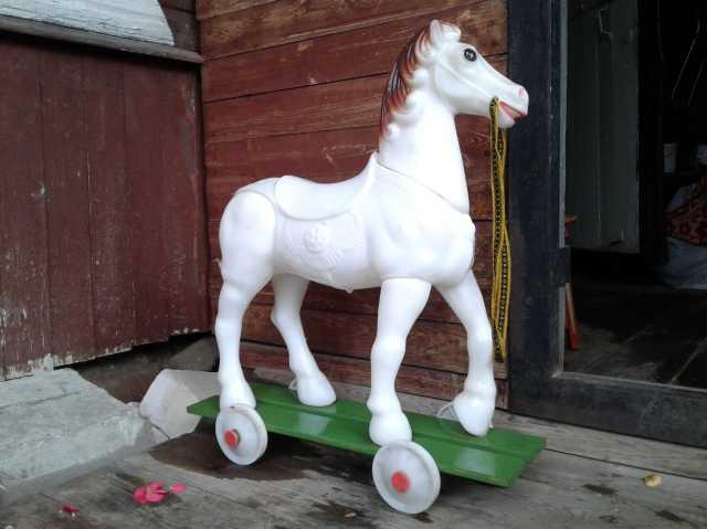 Продам: Конь Снежок СССР