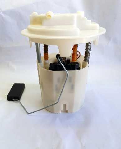 Продам Насос топливный в сборе (модуль)